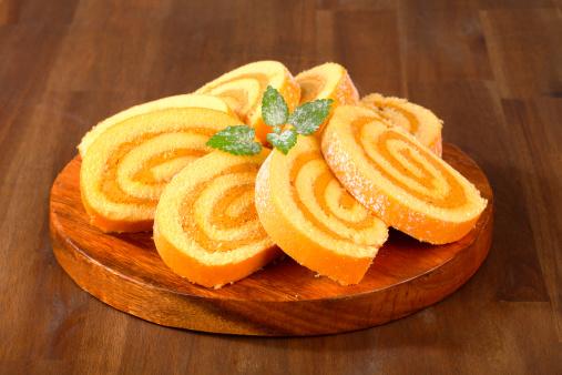 Stuffed「caramel swiss roll slices」:スマホ壁紙(14)