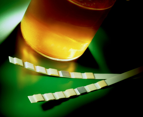 Nausea「Testing urine」:スマホ壁紙(18)