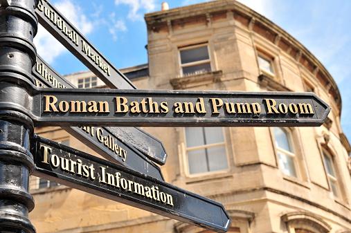 Roman「Direction to Roman Baths」:スマホ壁紙(14)