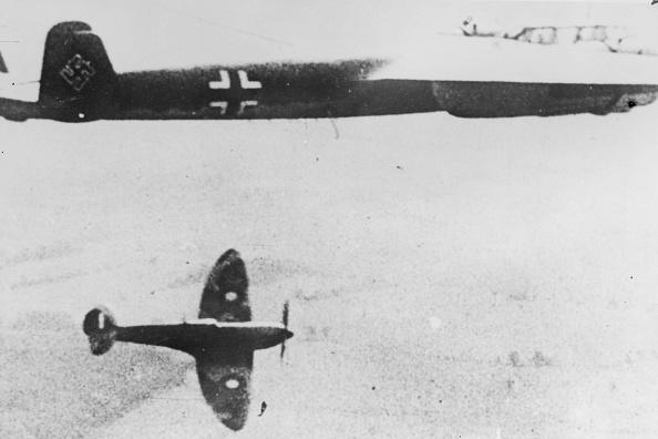 Motion「Spitfire Attack」:写真・画像(17)[壁紙.com]