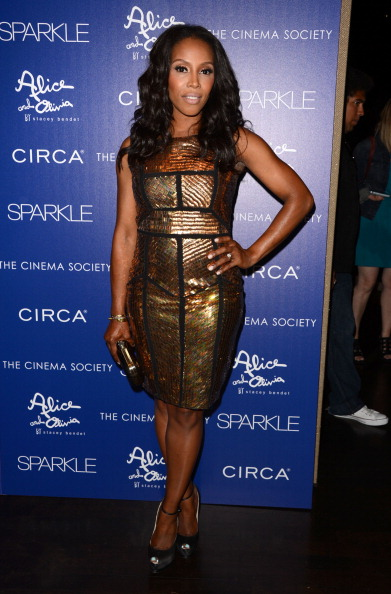 """Form Fitted Dress「The Cinema Society With Circa And Alice & Olivia Host A Screening Of """"Sparkle"""" - Inside Arrivals」:写真・画像(7)[壁紙.com]"""
