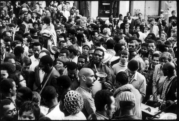 Cultures「Carnival Crowd」:写真・画像(11)[壁紙.com]