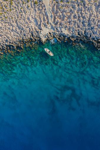 Antalya Province「Fishing boat on sea」:スマホ壁紙(17)