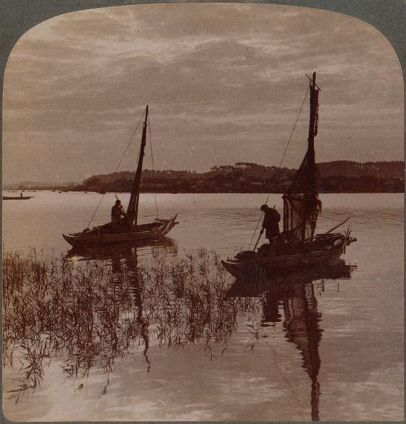 Water Surface「Fishing Boats At Sunset Across Tamagawa To Kawasaki, Near Yokohama, Japan', 1904」:写真・画像(14)[壁紙.com]
