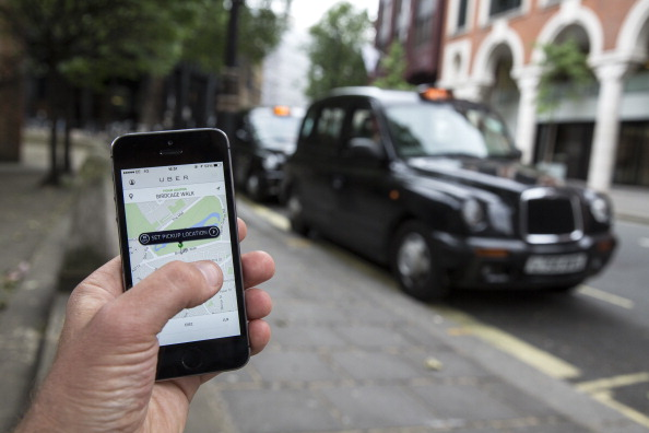 英国 ロンドン「London Black Cab Drivers To Protest Over Uber Taxis」:写真・画像(19)[壁紙.com]