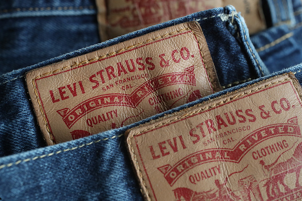 Jeans「Tariffs Tiff Between Trump And EU Intensifies」:写真・画像(0)[壁紙.com]