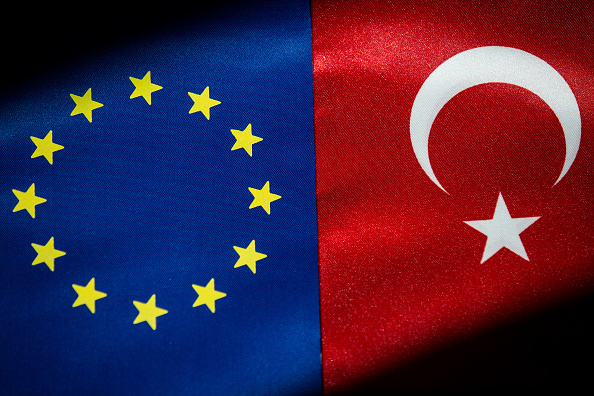 European Union「European Union And The Turkish National flag」:写真・画像(18)[壁紙.com]