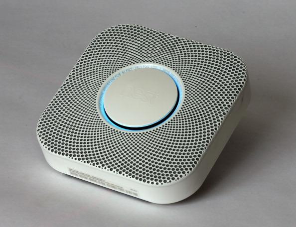 Smoke Detector「Google To Buy Smart Thermostat Maker Nest For 3.2 Billion」:写真・画像(1)[壁紙.com]