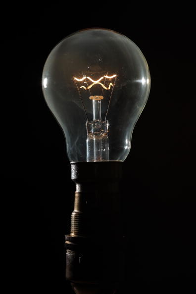 Light Bulb「Climate Change And Global Pollution To Be Discussed At Copenhagen Summit」:写真・画像(3)[壁紙.com]