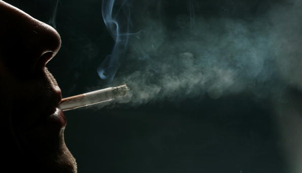 Cigarette「Countdown For Smoking Ban In England」:写真・画像(3)[壁紙.com]
