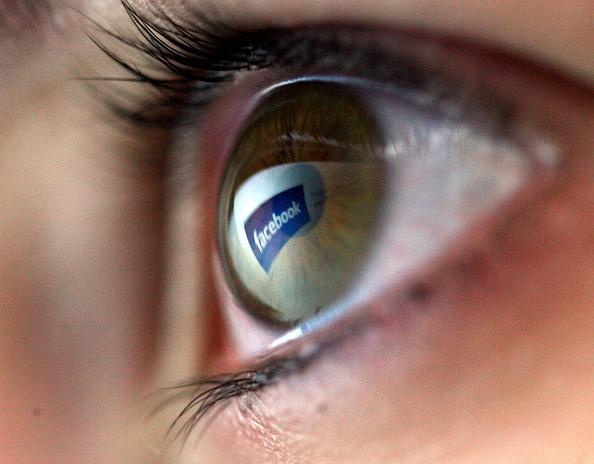 眼「Internet Market Considers MIcrosoft Bid for Yahoo」:写真・画像(13)[壁紙.com]