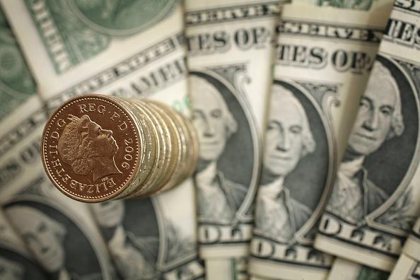 Wealth「UK Pound Rises Above Two Dollars」:写真・画像(3)[壁紙.com]