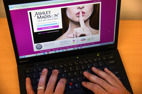 Dark Web「Hackers Release Confidential Member Information From The Ashley Madison Infidelity Website」:写真・画像(10)[壁紙.com]