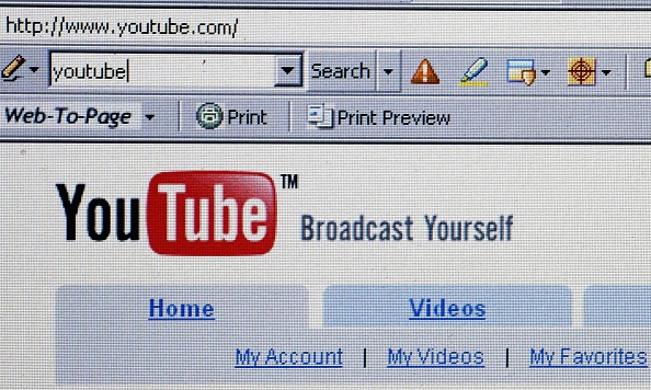 YouTube「Google Buys YouTube For $1.65bn」:写真・画像(1)[壁紙.com]