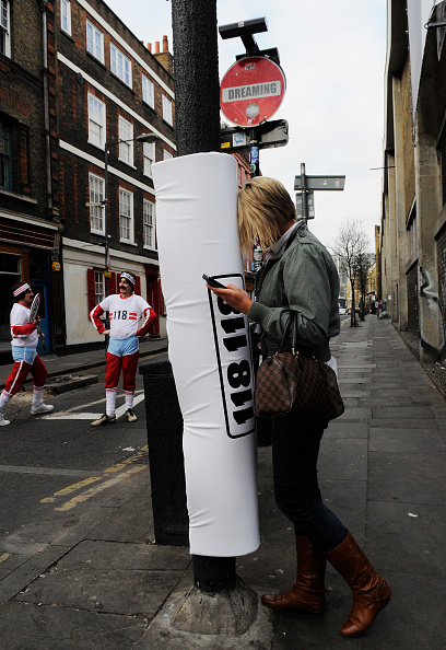 Text「Padded Lamp Posts Introduced in Brick Lane」:写真・画像(8)[壁紙.com]