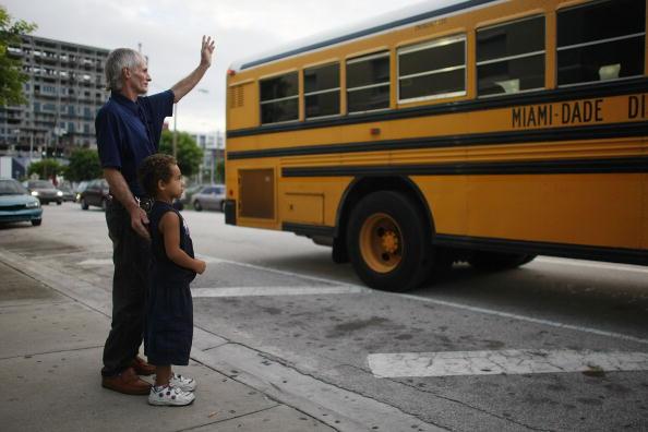 School Bus「Florida Outreach Program Helps Homeless Families Cope」:写真・画像(1)[壁紙.com]