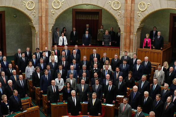 Laszlo Balogh「Viktor Orban Takes Oath To Serve Fourth Term As Prime Minister」:写真・画像(0)[壁紙.com]