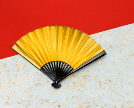Gold Colored「Gold folding fan on Japanese paper」:スマホ壁紙(15)
