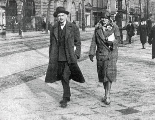 作家「Joseph Roth」:写真・画像(16)[壁紙.com]