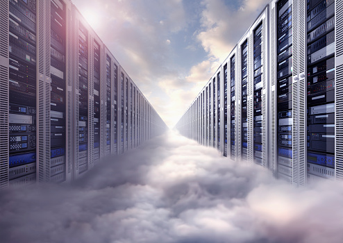 Data Center「Composite image of computer servers and clouds」:スマホ壁紙(6)