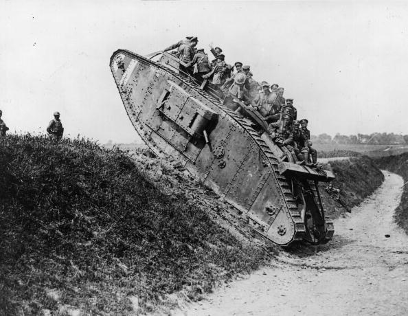 World War I「Trip On Tank」:写真・画像(5)[壁紙.com]