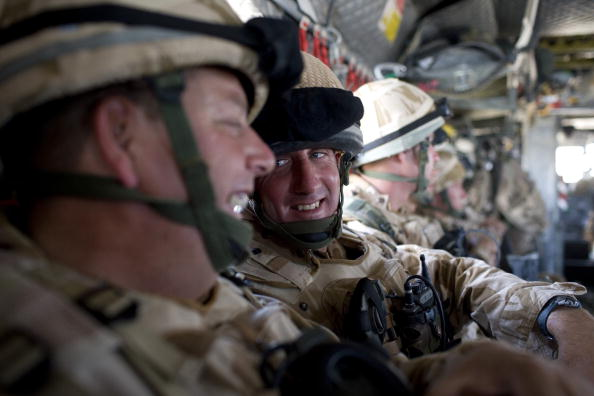 CH-47 Chinook「British Troops Conduct Operation Lastay Kulang in Sangin Valley in Afghanistan」:写真・画像(16)[壁紙.com]