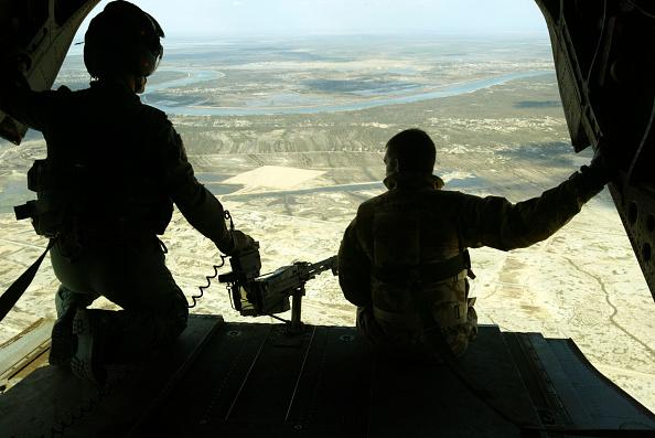 CH-47 Chinook「British Patrol Ammarah」:写真・画像(17)[壁紙.com]