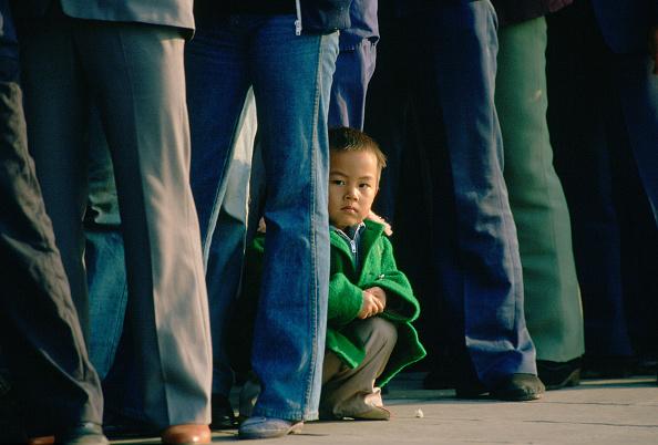 Hiding「Child, Tiananmen Square, Beijing, China」:写真・画像(10)[壁紙.com]