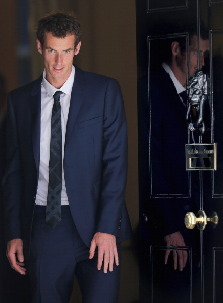 Focus On Foreground「Andy Murray Meets David Cameron At Downing Street」:写真・画像(18)[壁紙.com]