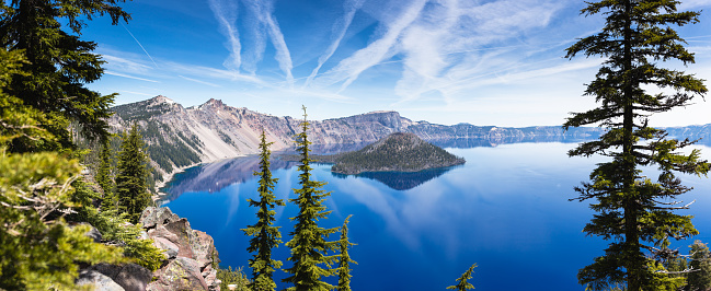Crater Lake National Park「Crater lake panorama」:スマホ壁紙(0)