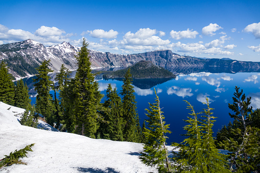 Crater Lake National Park「Crater Lake with Snow」:スマホ壁紙(13)