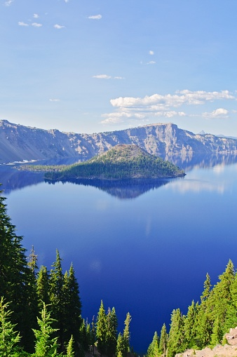 Crater Lake National Park「Crater Lake And Wizard Island」:スマホ壁紙(18)
