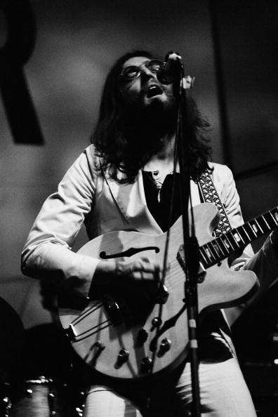 Guitar「Plastic Ono Band」:写真・画像(11)[壁紙.com]