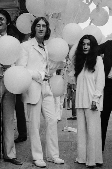 Heterosexual Couple「John And Yoko」:写真・画像(3)[壁紙.com]