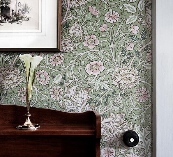 花瓶「Room Refurbished In Arts And Crafts Style」:写真・画像(8)[壁紙.com]