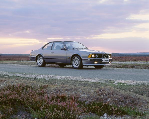Country Road「1989 BMW M635 csi」:写真・画像(3)[壁紙.com]