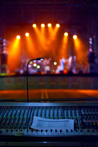 Rock Music「Concert stage lights」:スマホ壁紙(1)