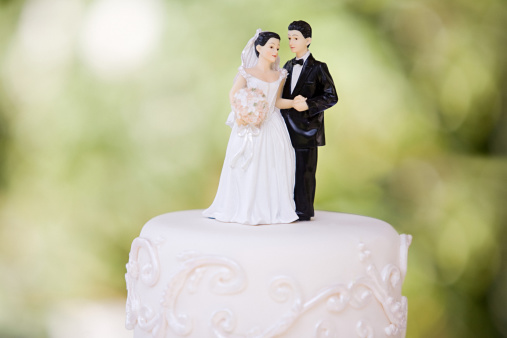 Wedding Cake「Bride and groom figurines」:スマホ壁紙(8)