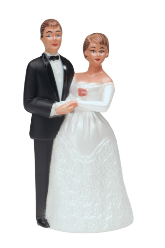 小さな像「Bride and groom figurine cake topper」:スマホ壁紙(11)