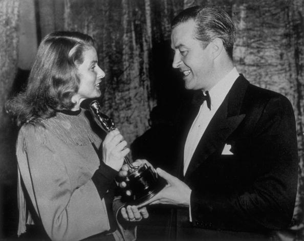 Ingrid Bergman「Oscar Time For Milland」:写真・画像(4)[壁紙.com]