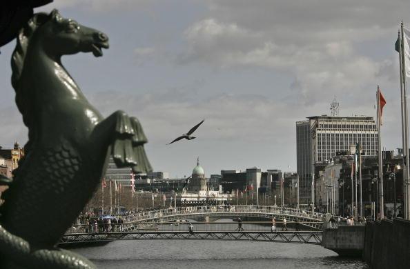 アイルランド リフィー川「The City Of Dublin」:写真・画像(1)[壁紙.com]