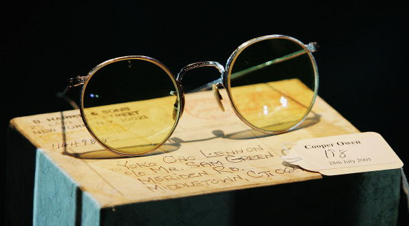 Souvenir「John Lennon Auction - Press Preview」:写真・画像(18)[壁紙.com]