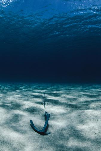 Waimea Bay「Anchor in sand, Waimea Bay, Hawaii, America, USA」:スマホ壁紙(15)