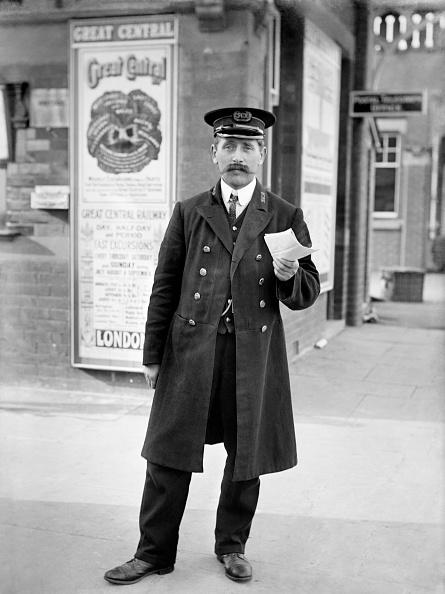 Edwardian Style「Station Master」:写真・画像(0)[壁紙.com]