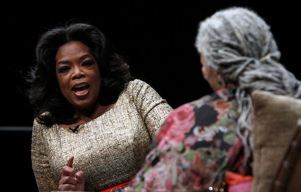 Oprah Winfrey「Carl Sandburg Literary Awards Dinner」:写真・画像(16)[壁紙.com]