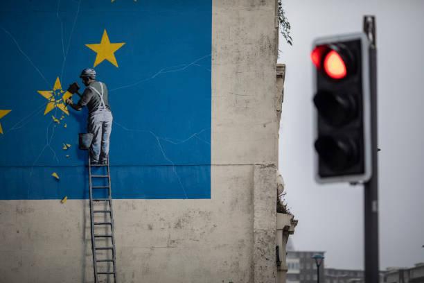 Banksy Street Art in Dover:ニュース(壁紙.com)