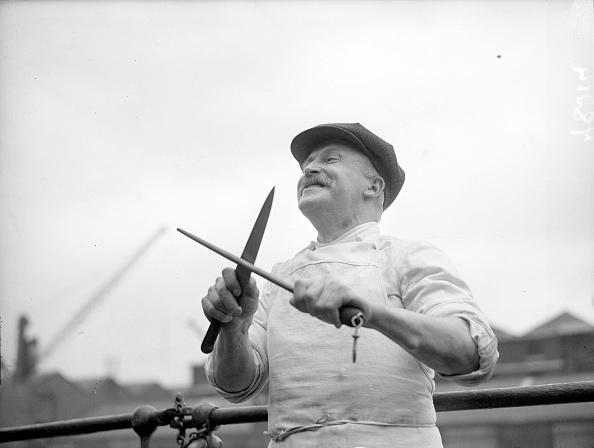 Sharpening「Naval Chef」:写真・画像(11)[壁紙.com]
