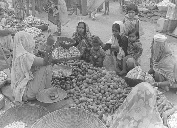 Weight Scale「Udiaphur Market」:写真・画像(19)[壁紙.com]