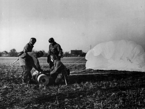 Gear「German Paratroops」:写真・画像(19)[壁紙.com]