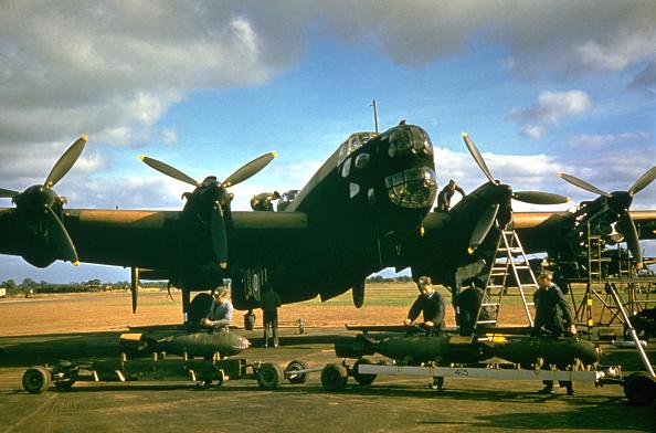 Air Force「Halifax」:写真・画像(14)[壁紙.com]